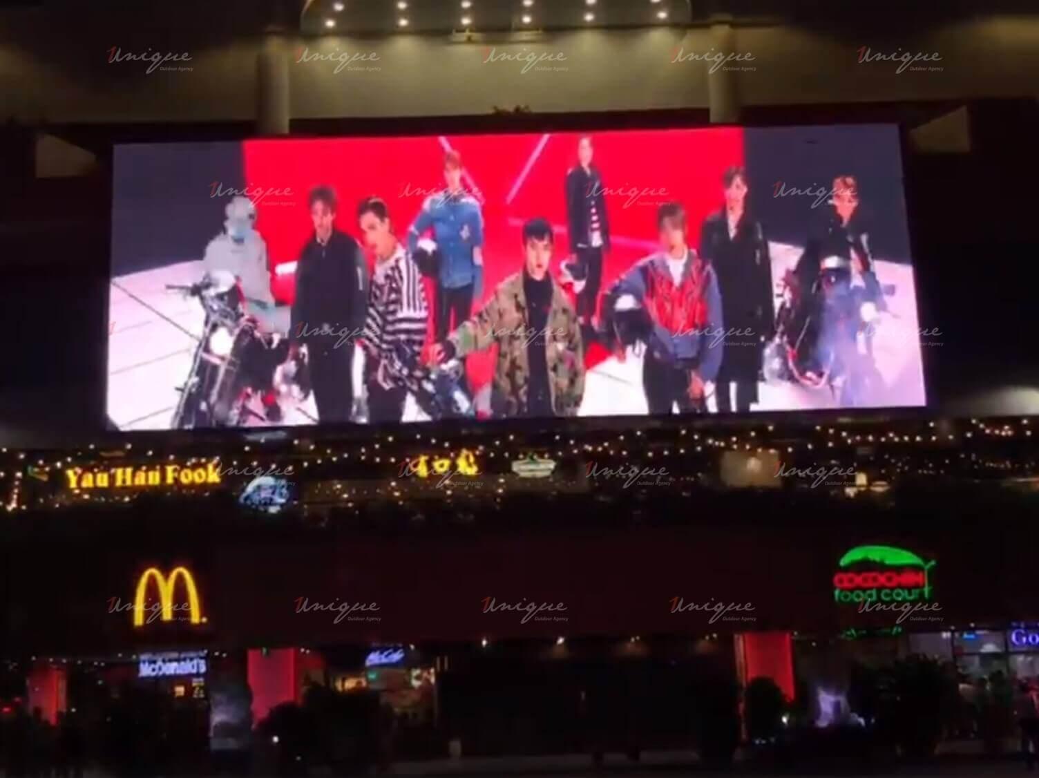 Quảng cáo màn hình Led chúc mừng EXO ra mắt album mới